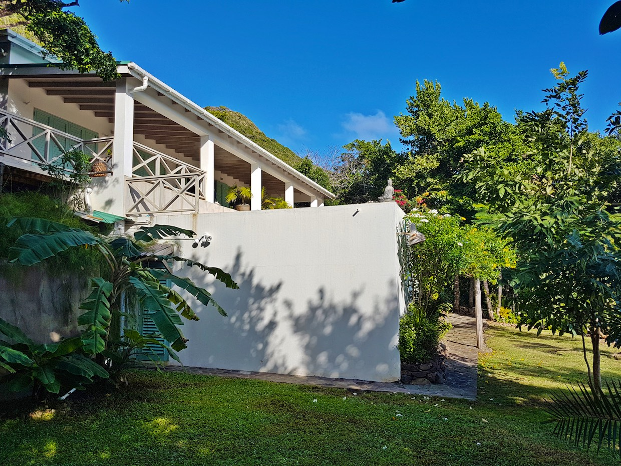 Fridays Crown Point Bequia Real Estate Property