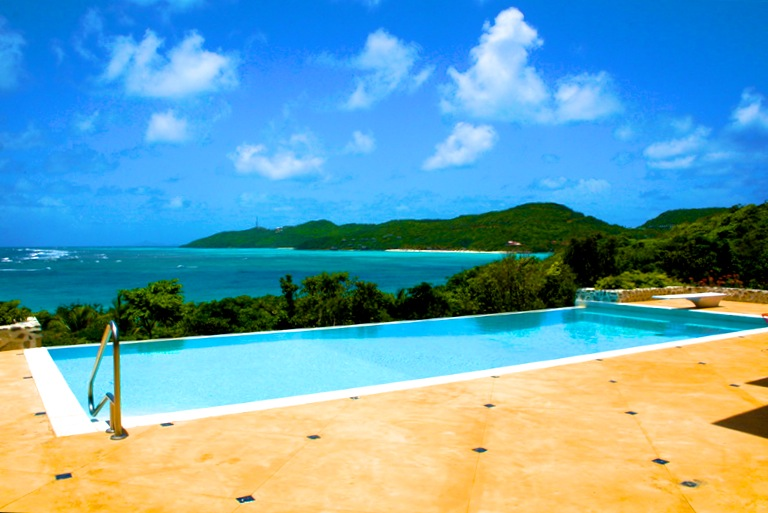 Bequia Rental Villas, Hotels & Apartments - Big Blue Ocean - Luxury Beachfront Villa - Canouan - 5 Bedrooms Morpiceax Villa - Canouan