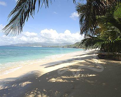 Bequia Rental Villas, Hotels & Apartments - Windward at Prickly Bay - Grenada - Lance aux Epines